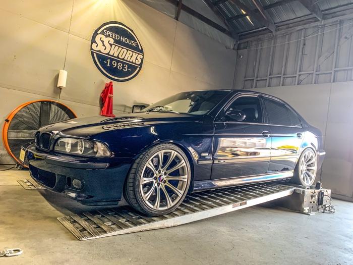 BMW M5 DYNO SESSION !